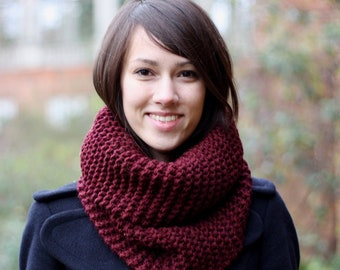 Hand Knit Cowl Scarf Snood, Chunky Knit Cowl Scarf, Hand Knit Snood for Women or Men, Bordeaux