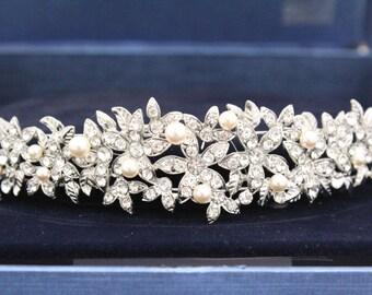 Wedding hair jewelry,Pearl bridal headband,Wedding hair accessories,Bridal hair piece,Wedding tiara,Bridal hair piece,Wedding headband,tiara