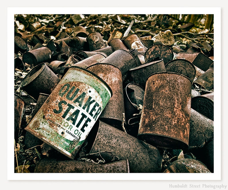 Quaker State - Vintage Oil Can Photo - Automotive Art Photography - Rusty  Antique Cans Color Photography - Man Cave Wall Decor