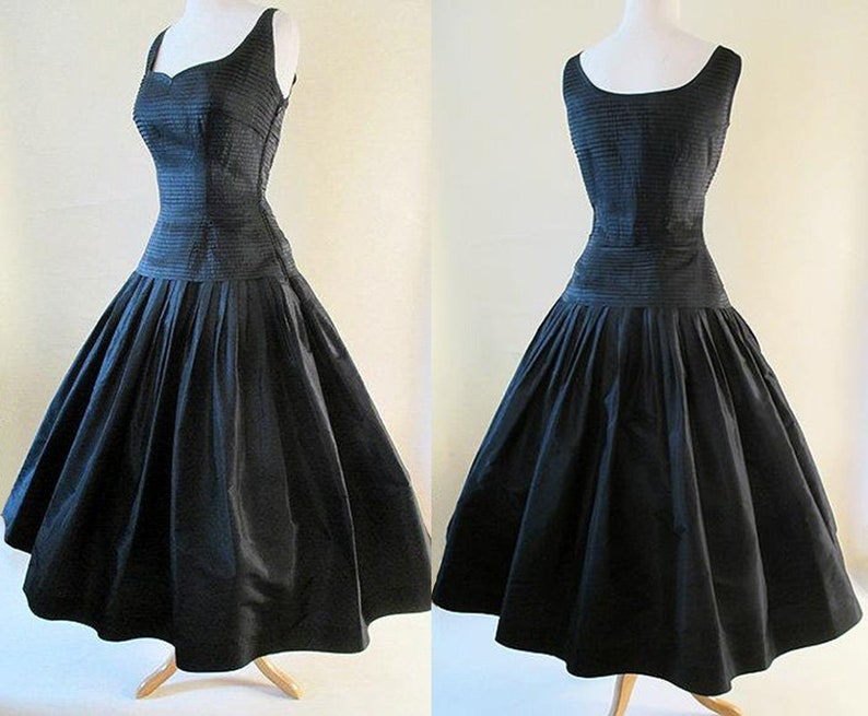 1476ccee474 Stunning 1950 s Designer New Look Satin
