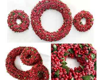 Vintage Berry Wreath Centerpiece Set, Three Berry Wreath Centerpieces, Christmas Centerpieces, 3pc Red Berry and Silk Leaf Centerpieces