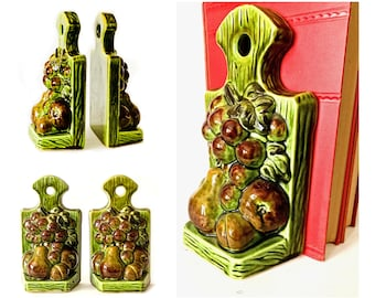 Ceramic Fruit Bookends, Cookbook Bookends, Vintage Green Ceramic Book Ends, Pear Grapes Plum Bookends, Retro Avocado Green Bookends
