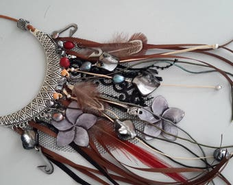 Polynesian inspired bib necklace