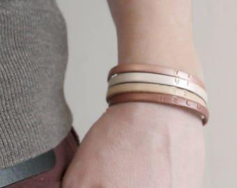 Bracelet en Cuir pour femmes -  La vie est belle