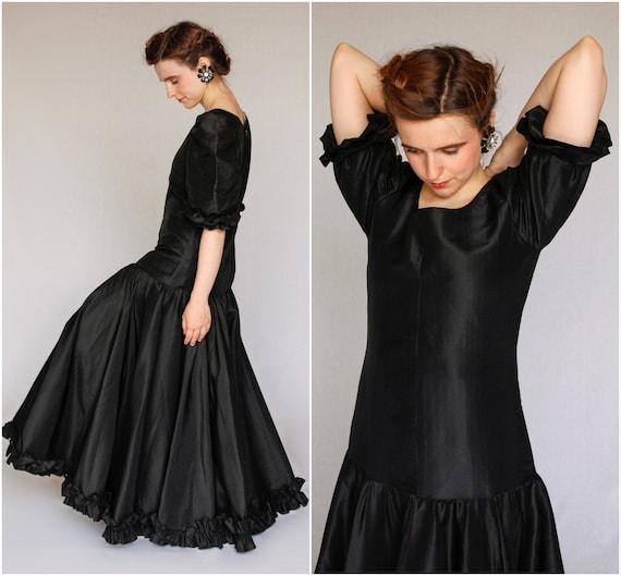 80s Silk Evening Dress / Circle Skirt Dress / Blac
