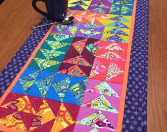 Simply Snails Mini Quilt from Cut Loose Press /& AQCO CLPCAM019
