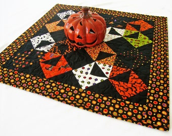 """HALLOWEEN Quilted Table Topper, 24"""" x 24"""", Halloween Table Quilt, Spooky Kitchen Decor - Trick or Treat Deb Strain"""