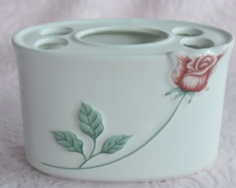 Vintage PINK ROSE Toothbrush Toothpaste HOLDER Ceramic Taiwan Shabby Cottage Chic Bathroom Accessory Embossed Raised Design 3d Hand Painted