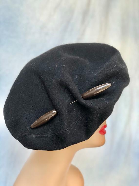 40s beret / vintage  1940s black wool beret / vint