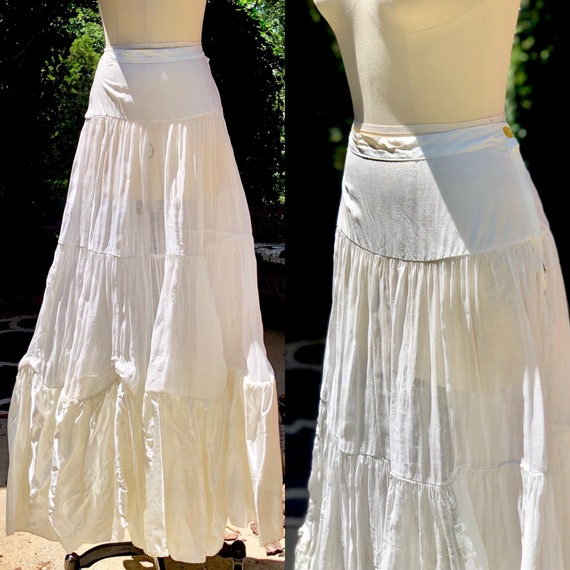 40s petticoat slip / Vintage 1940s muslin slip pet