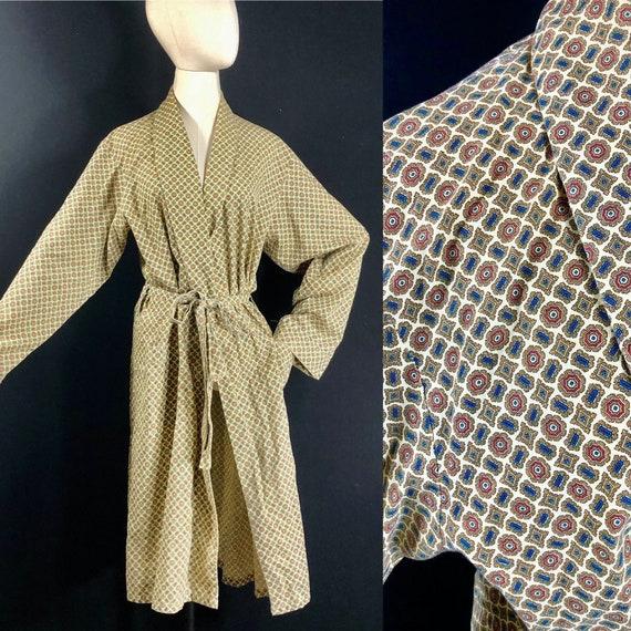 men's robe / vintage 1950s cotton polyester blend