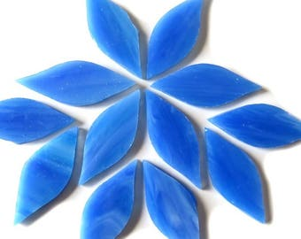 20pc. 38mm Periwinkle Blue TIFFANY Iridescent Stained Glass Petal Shaped Mosaic Tiles//Mosaic Supplies//Mosaic Pieces//Crafts