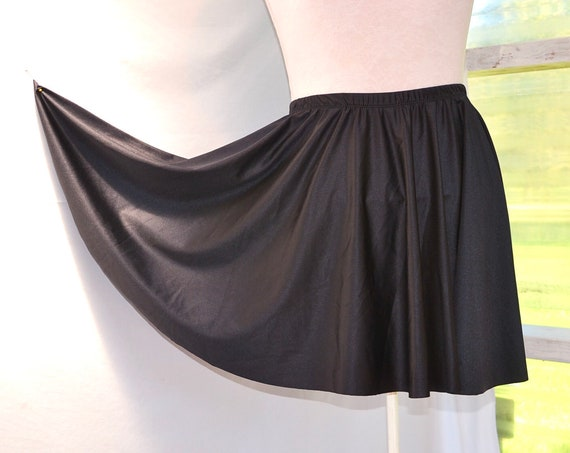 Totally 80's Lycra Spandex Mini Circle Skirt - Jet Black Ice Skater Skirt -Tennis Player - Shiny Stretchy Elastic - Sm - Med - AUS 10