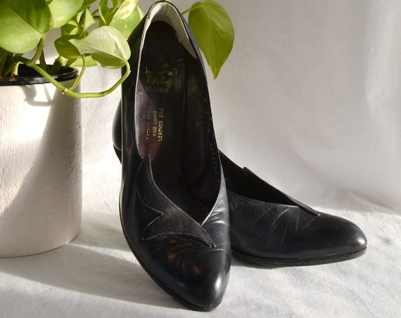 Christian Dior Souliers Black All Leather & Suede Pumps - Bombshell Pinup Glam - Vintage Hollywood Funeral - Best Fit 6.5 - 7