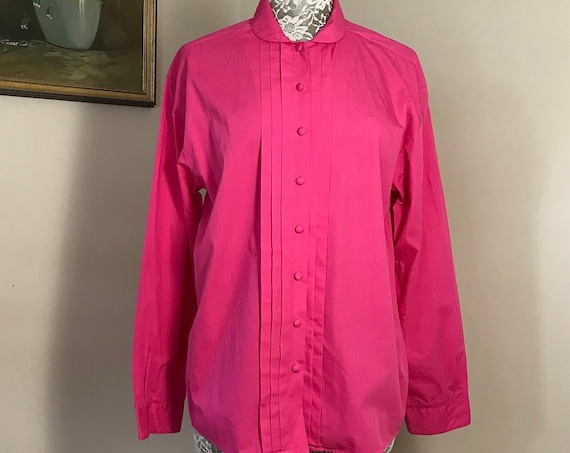 Lovely 90's Victorian Round Collar Cotton Blouse in Bright Hot Pink 100% Cotton - VTG Equestrian Shirt - Beautifully Made by Jumpers - Large