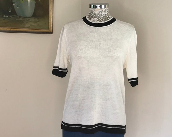 60's MOD Preppy Cream Pullover Knit Short Sleeve Jumper - Black Knit Trim Border Detail -  Medium