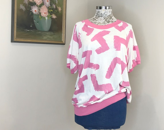 Rad 80's Vintage T Shirt in Hot Pink Abstract - Super Soft Cotton - Worn Thin - Unisex Mens Medium - Womens Large