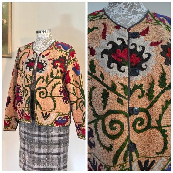 Vintage Suzani Crewel Jacket - Gorgeous Ethnic Embroidered Tunic - Stunning Uzbek Chenille on Soft Cotton - Medium