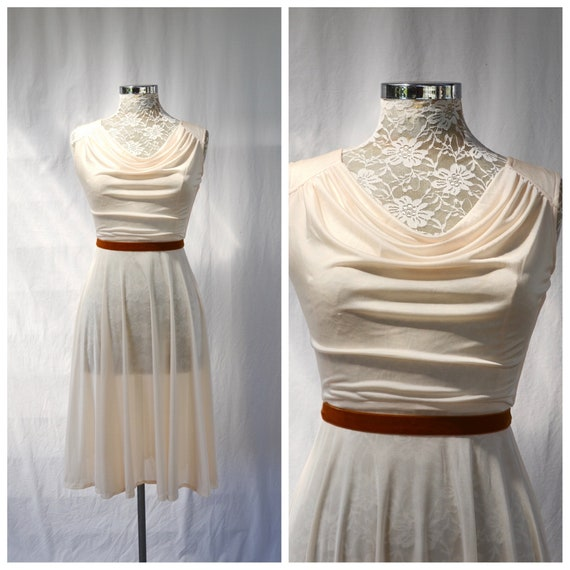 AS IS Sale* 70's Creamy Shimmer Disco Dress - Scoop Gathered Bust - Sexy Marilyn Monroe - XS