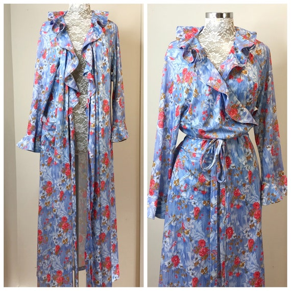Lovely 1960's Full Length Robe in Blue Floral w/ Ruffle, Pocket & Tie at Waist. - Vintage Dressing Gown - One Size