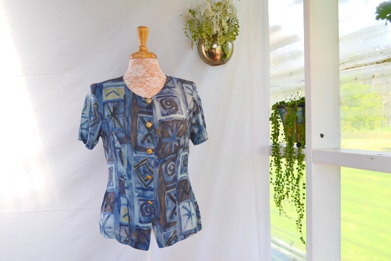 Classic 90's Diana - Sweet Soft Blue Summer Top.  Gold Buttons, Lightweight Breathable Gauze Sz SMALL
