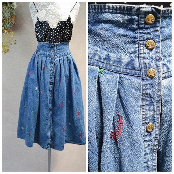 80's Acid Wash Denim Full Midi Skirt w/ Mini Roses Embroidery on Front & Brass Snaps. Elastic Waist, Fun Vintage Jean Skirt - Sm - Med