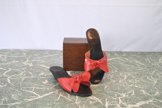 SALE* Bare Traps Slides 1980's Party Slides - Red Leather Bow
