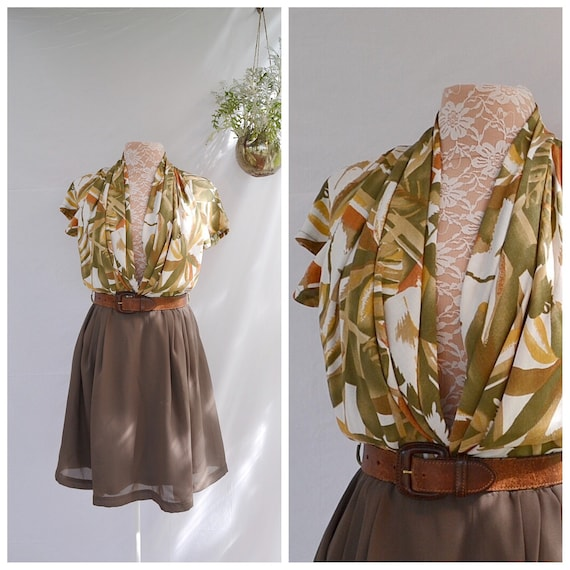 Gorgeous Vintage Plunging Earth Tones Silky Summer Dress.  Light Airy,  Aus 10