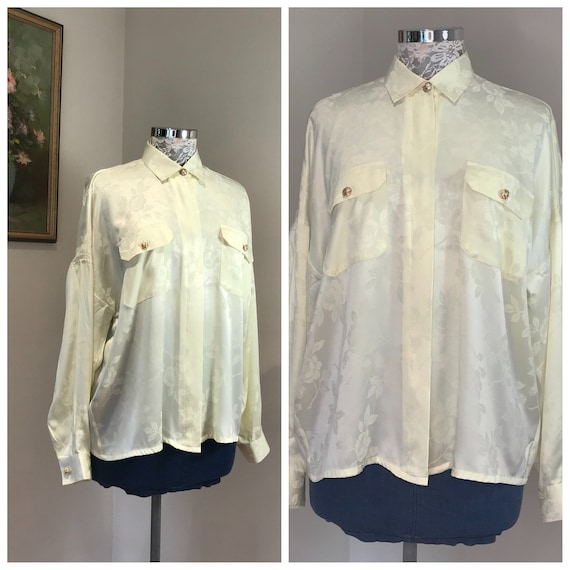 Pale Yellow 90's Blouse by Victor's - Simple Elegant Vintage - Gold Buttons -  Buttery Light Yellow - Med AUS 12 - 14