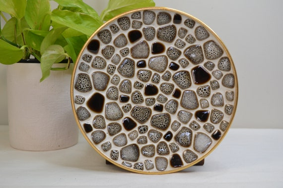"""Vintage Tile Mosaic Decorative Plate, Platter, Small Tray in Chocolate Brown & White Pebble Tiles - 8.5"""" - 215mm Diameter"""