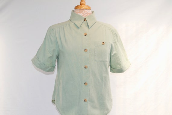 90's Petite 100% Cotton Crop Button Up Shirt - Natural Earthy Soft Sage Green -USA Petite Small