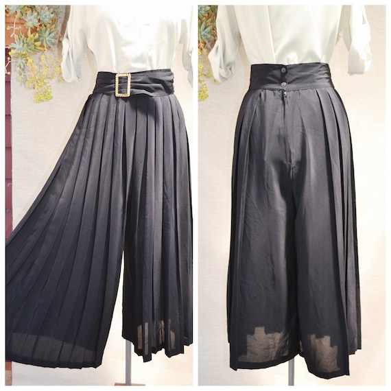 """90's Black Pleated Culottes - Vintage High Waisted Wide Leg Palazzo Pants w/ Wide Waistband & Gold Buckle - 29"""" Waist - MED - AUS 14"""