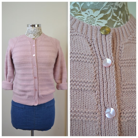 Vintage Hand Knit Granny Cardigan in Blush Mauve Pink - MOD 60's - Horizontal Stripe Knit - Cute Pink Vintage Buttons - X Small