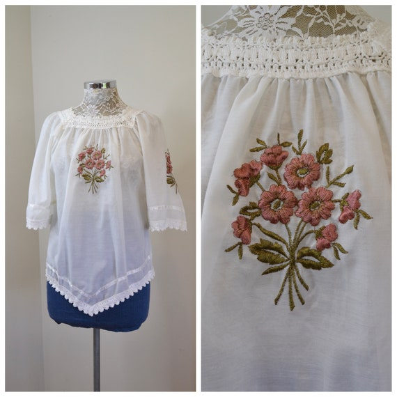 Gorgeous Embroidered White Greek Peasant Tunic - A-Line, 1/2 Sleeves, Cotton Crochet Asymmetrical Trim on Edges - Small
