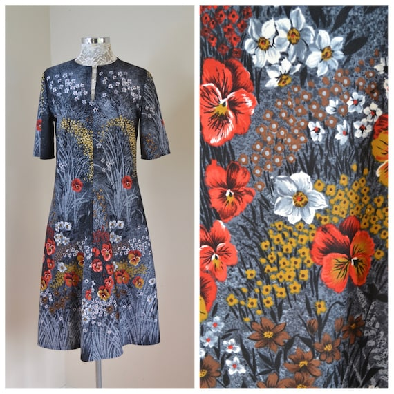Grey Gardens! Late 60's MOD Autumn Floral Grannie Dress. Red Pansies on Shades of Grey - Short Sleeve Midi - Vintage Hand Made - Med