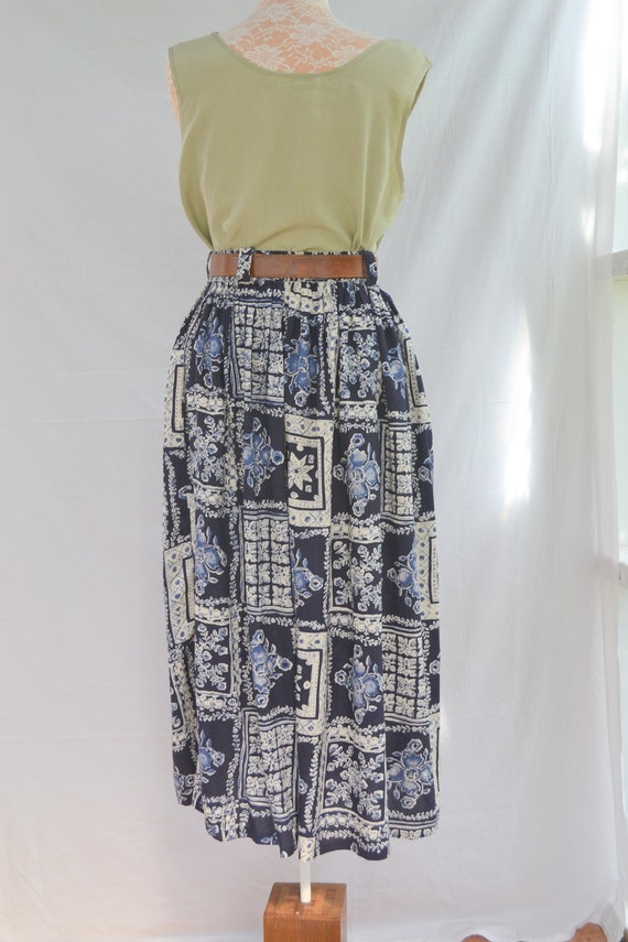 Navy Cream Rayon 90's Maxi Skirt - Handmade Bohemian - sz S - Elastic Waist