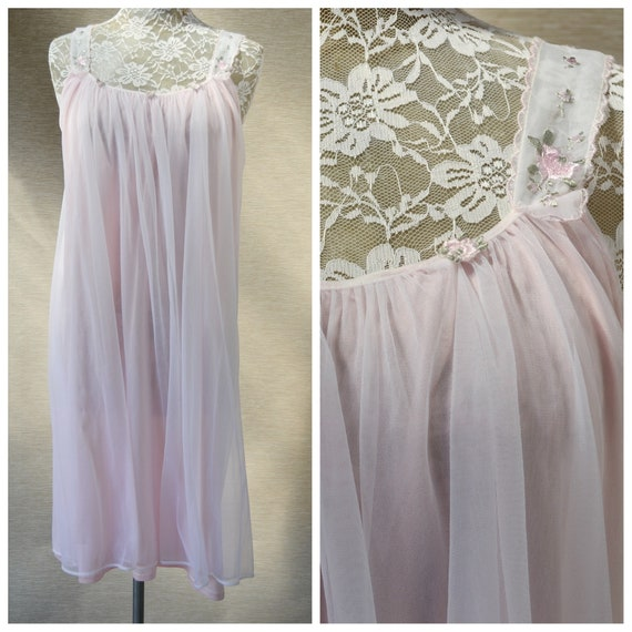 1960's Mod Babydoll Granny Nightie in Pale Pink Chiffon, Lace & Embroidery. Baby Pink Feminine Vintage Summer Loose Nightgown - One Size