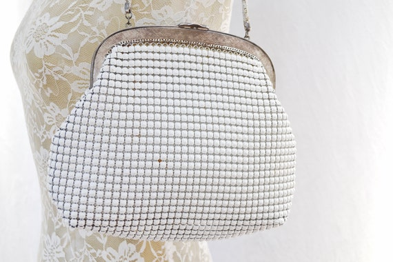 Fancy White MOD Chainmetal Handbag by Oroton - Short Chain Handle - Very Roomy - Antique Looking - Costume Condition