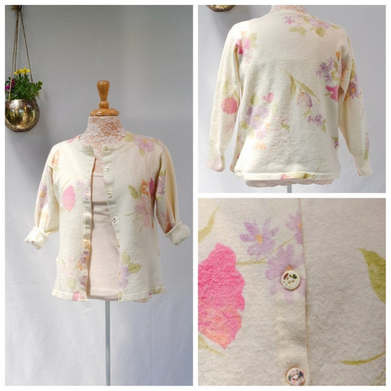 Angora Floral Printed Cardigan. Butter Cream Background - Soft Pastel Floral. Classy 90's Preppy Classic. Sz XS - Small.