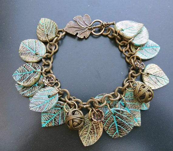Leaves old gold bracelet