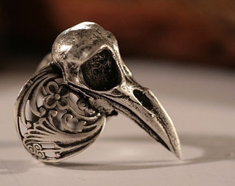 Raven Skull Ring,  Self adjustable Sizes 4 to 11 (Made in NYC), Blue Bayer Design