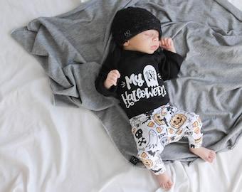 Baby Boys First Halloween Outfit, Black Bodysuit, Halloween Leggings and Pants, Halloween Bowtie, Newborn boy Halloween