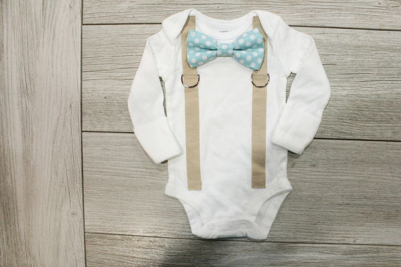 8462828e0 Baby Boy Coming Home Outfit. Newborn hospital outfit. Boy   Etsy
