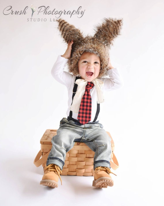d0b55bed0 Buffalo Plaid Outfit for Baby Boys. Christmas Outfit Baby Boy Newborn Boy  Tie and Suspender Red Black Check Wood