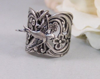 Gypsy's Saprrow,Bird Ring,Silver Bird Ring,Gypsy Ring,Sparrow Ring,Sparrow Jewelry,Bird Jewelry,Bird in handmade.Ring,valleygirldesigns.