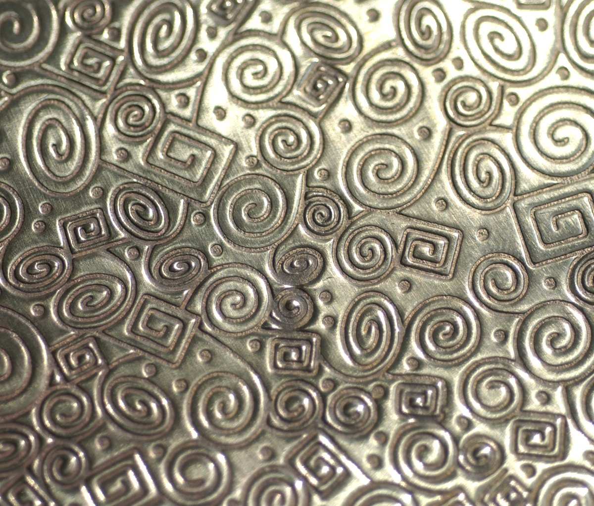 Bronze métal feuille Doodle texturé 24g - 6 2 1/8 x 2 6 1/4 pouces - Bracelets pendentifs ferronnerie d43f62