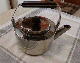 Mid Century Farberware Stainless Steel Tea Kettle, Hot Water Pot, Walnut Handle, Taiwan