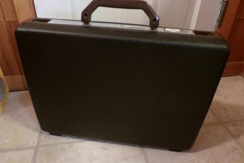 5e182e445c Vintage Samsonite Broker Briefcase Chocolate Brown Suitcase