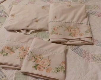 Vintage  Full Size Sheet Set, Pillowcase + Top & Bottom Sheet Set, Lace Detail Trim, Double/Full Size Flat, Fitted, Gold Cream