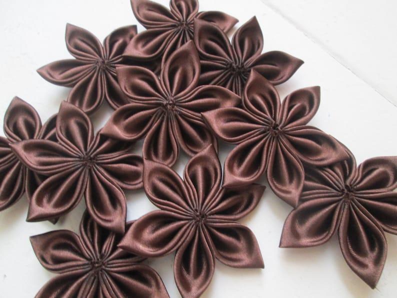 Chocolate Brown Kanzashi Flowers, DIY Wedding Supplies, Bridal Millinery  Supply, Dark Brown Loose Flowers, DIY Hair Clips- Headband- Jewelry